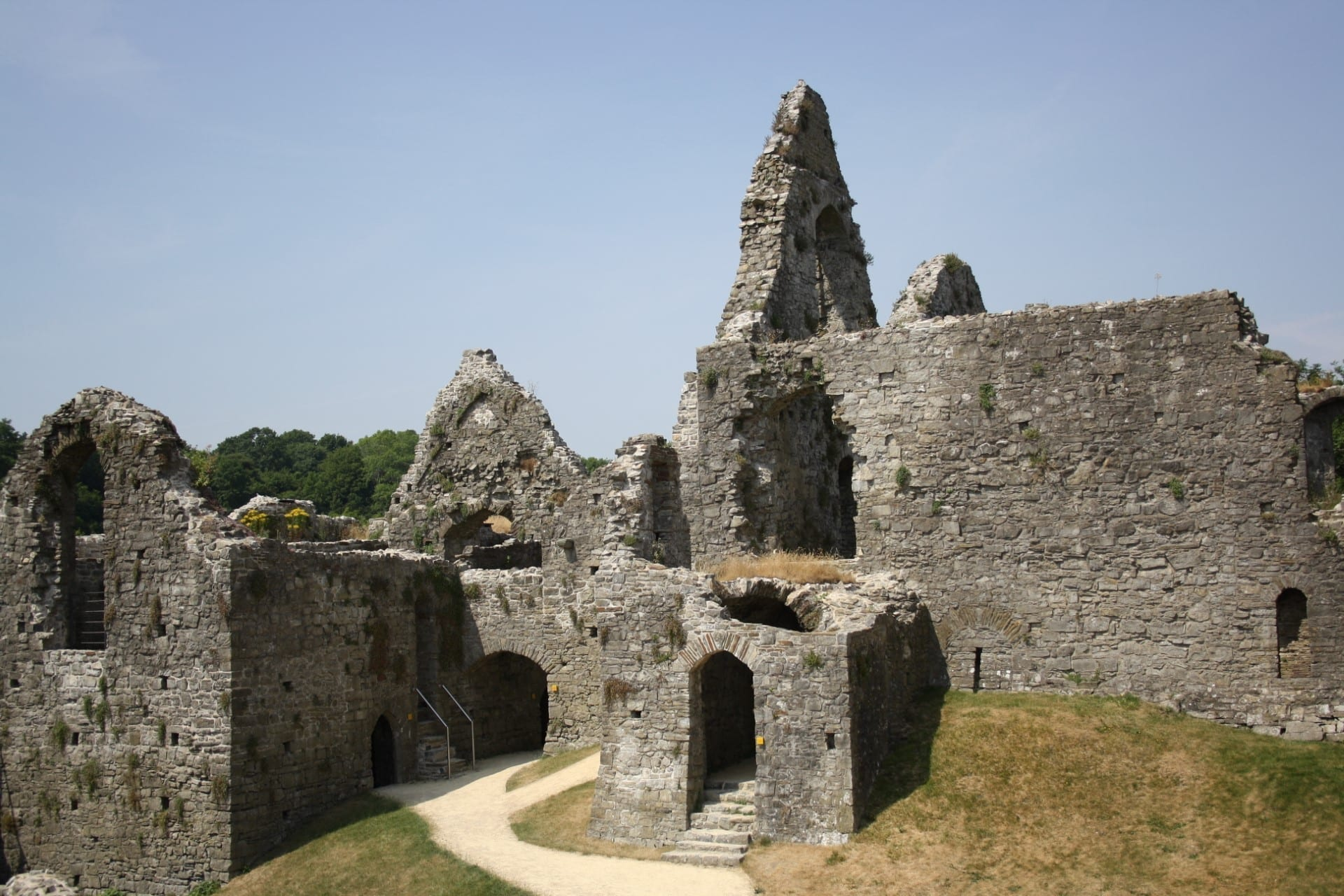 Swansea Attractions - Oystermouth Castle