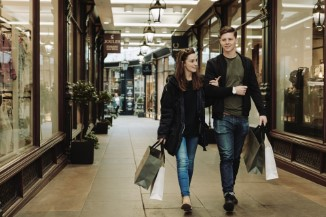 Couple shopping in a Cardiff Promenade