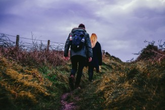 2 people hiking the wales coast